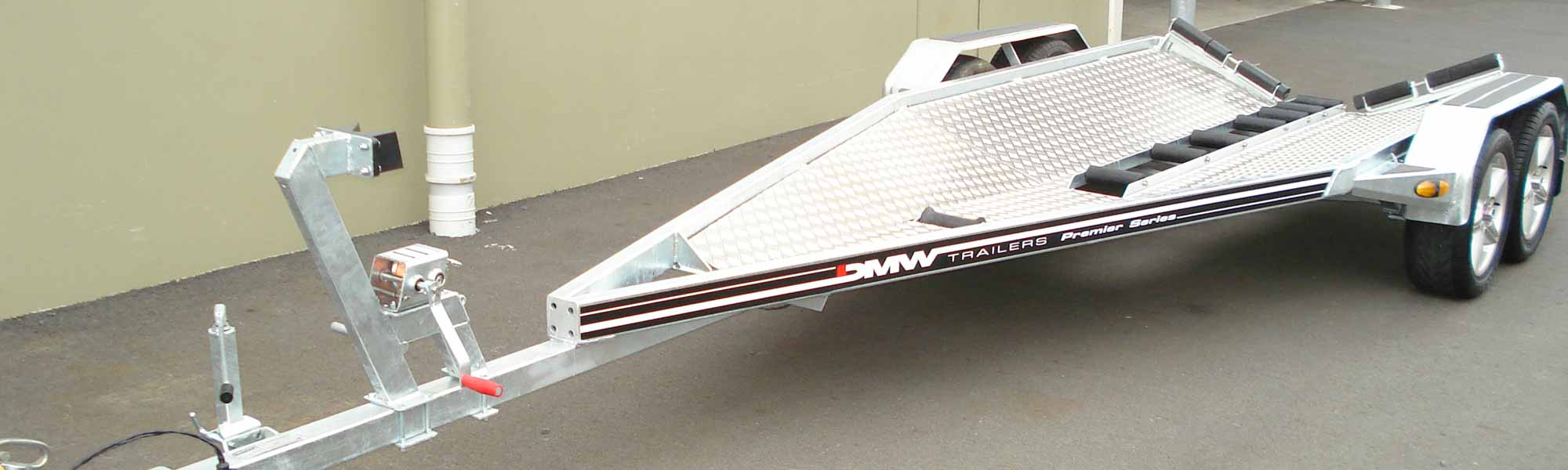 DMW Trailers perform boats